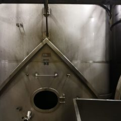 K66 TANK STAINLESS STEEL BOTTOM CELLAR 30 000 LITRES